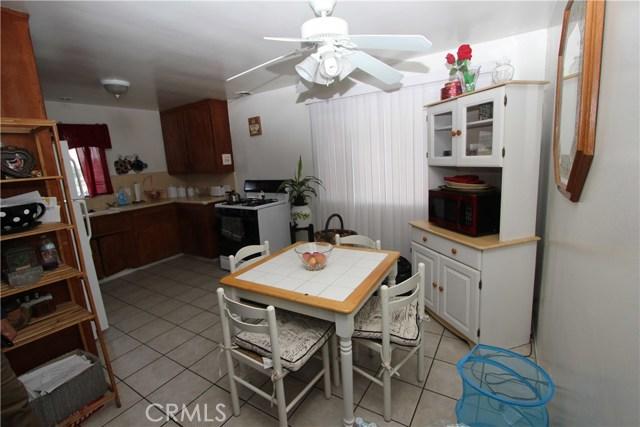 1633 Chestnut Av, Long Beach, CA 90813 Photo 3