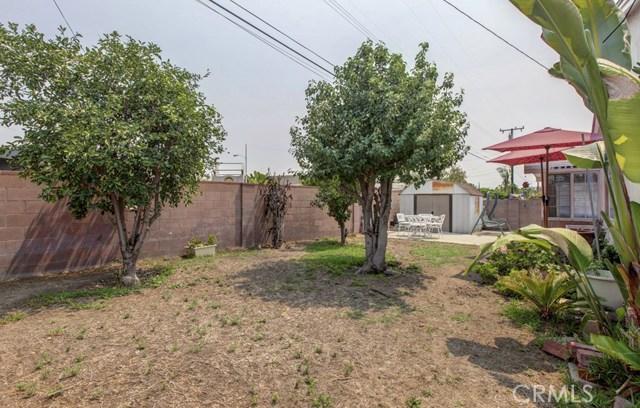 11333 Farndon Street, South El Monte CA: http://media.crmls.org/medias/e1dc4a5e-2e64-4e4f-aed2-11512de051ab.jpg