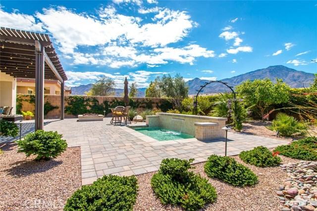61445 Living Stone Drive, La Quinta CA: http://media.crmls.org/medias/e1df35b8-5661-46de-ae63-809a0beb4ea5.jpg