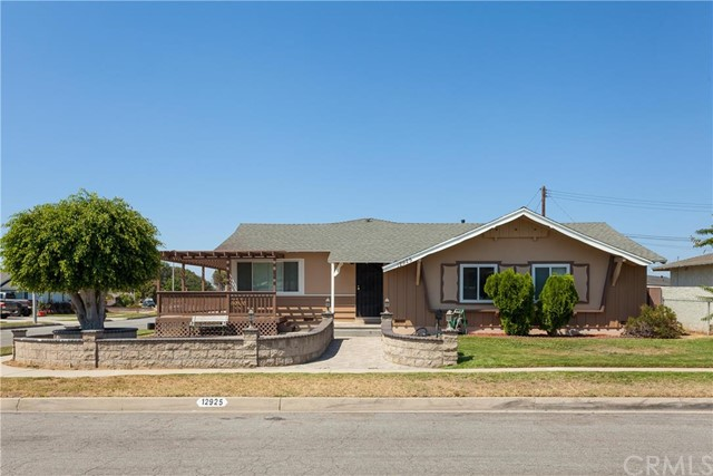 Single Family Home for Sale at 12925 Chadsey La Mirada, California 90638 United States