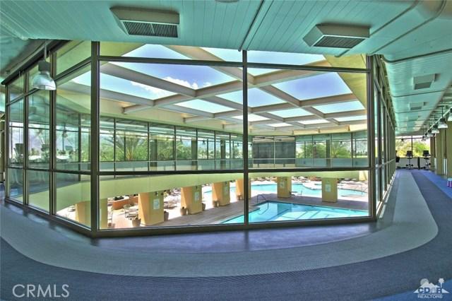 61445 Living Stone Drive, La Quinta CA: http://media.crmls.org/medias/e1f56b5d-8a63-4ddf-b634-8c4219bb7b04.jpg