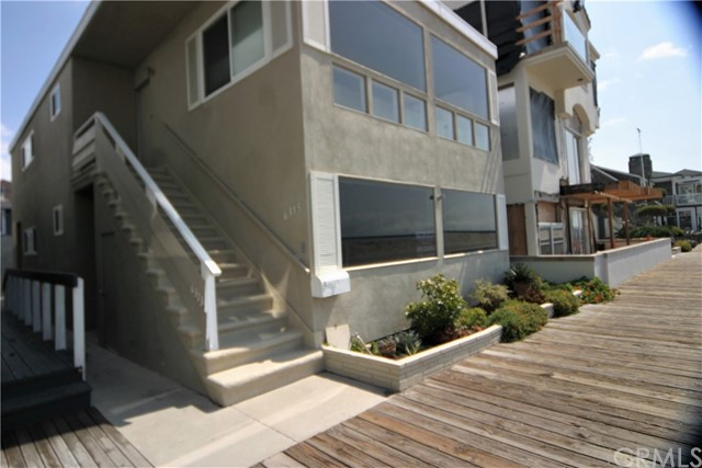 Single Family for Rent at 6313 Seaside E Long Beach, California 90803 United States