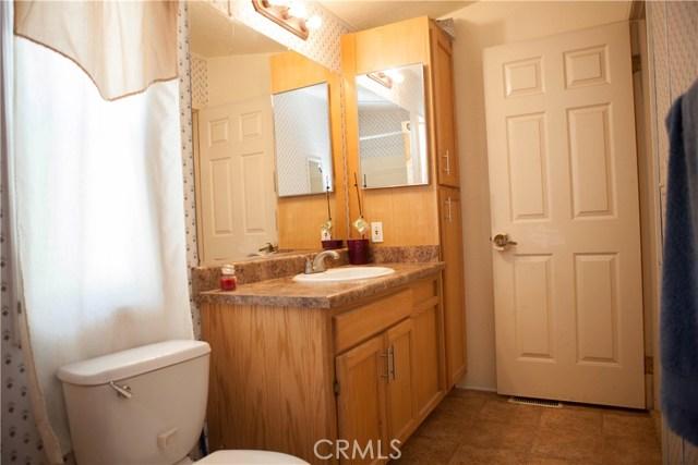 7887 lampson Avenue, Garden Grove CA: http://media.crmls.org/medias/e206519e-7f55-4123-a1bd-e2ed840970bd.jpg