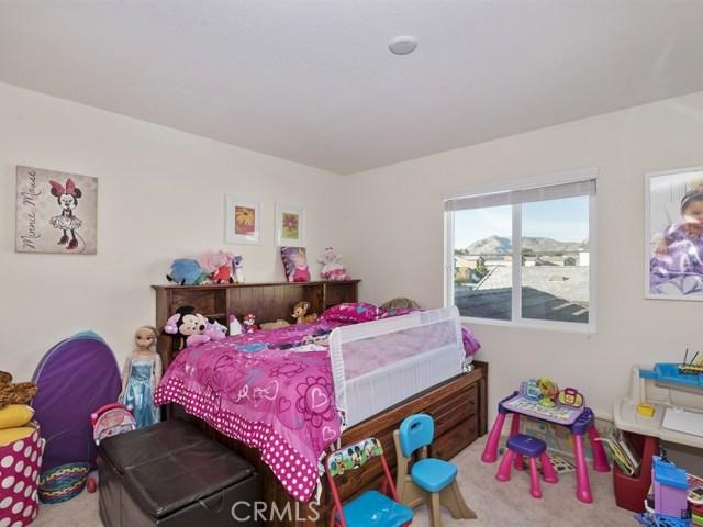 12954 Shawnee Street, Moreno Valley CA: http://media.crmls.org/medias/e21af11a-4a37-4b44-a4e8-9968872bd084.jpg
