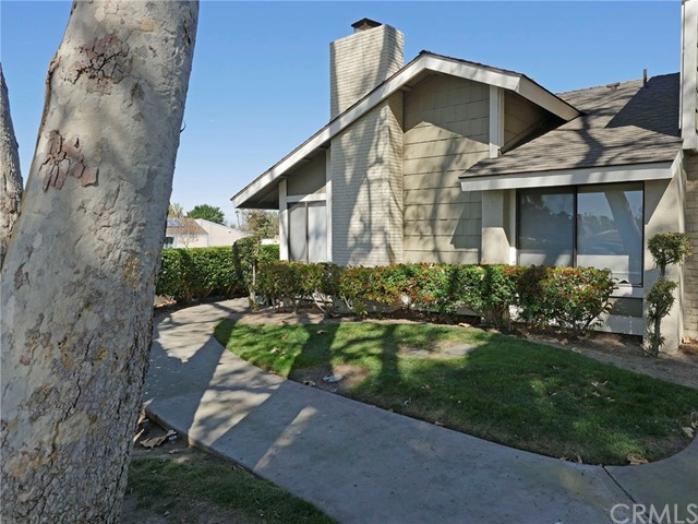 9 Amberwood , CA 92604 is listed for sale as MLS Listing CV18038251