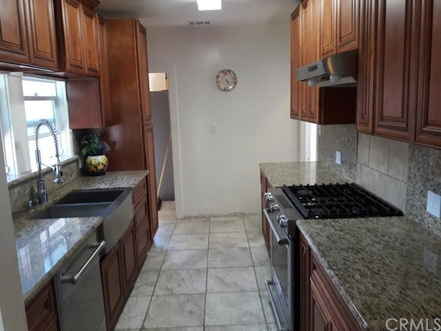1025 Eubank Avenue Wilmington, CA 90744 - MLS #: SB17124246