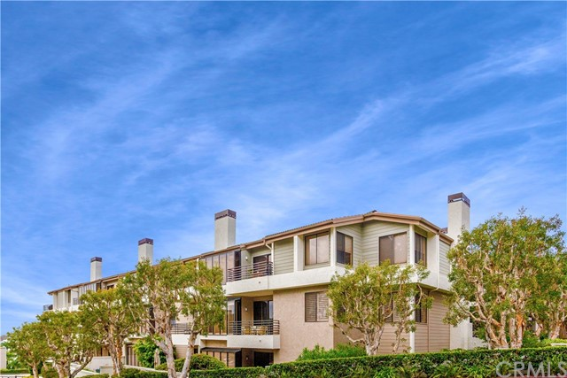 270 Cagney Lane 110, Newport Beach, CA 92663