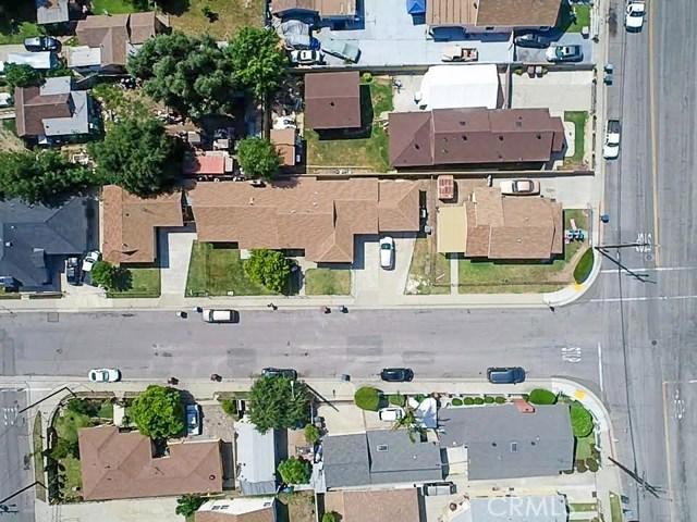 16156 Central Avenue, La Puente CA: http://media.crmls.org/medias/e23449da-10c4-43bc-a125-824e4f9cabb5.jpg