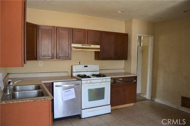 26179 6th Street, Highland CA: http://media.crmls.org/medias/e24f9f7b-405c-47a1-9873-04418a9d4ec2.jpg
