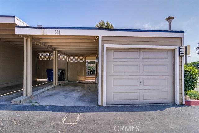 21 Seamist Court, Newport Beach CA: http://media.crmls.org/medias/e250b697-aa85-4b12-8cdc-cd71493a7e8d.jpg