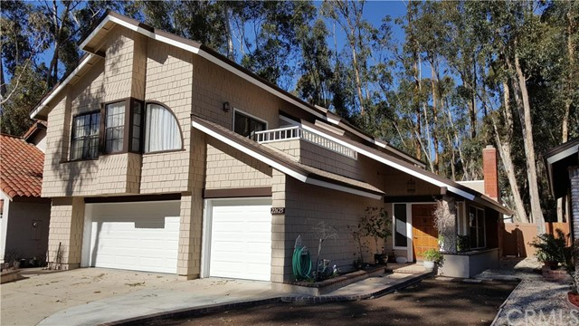 Single Family Home for Sale at 22625 Wood Shadow St Lake Forest, California 92630 United States