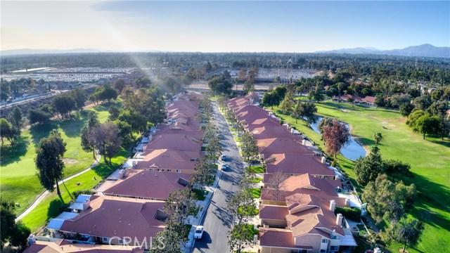 1301 Upland Hills S Drive, Upland CA: http://media.crmls.org/medias/e25ad9e5-5332-4960-bdd7-173257f23aba.jpg