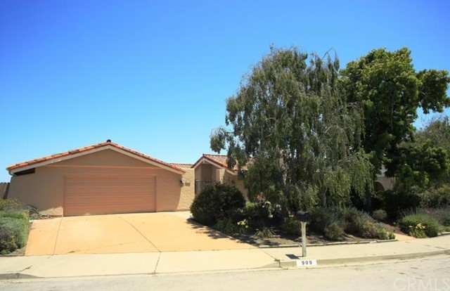 909 E Fir Avenue, Lompoc, CA 93436