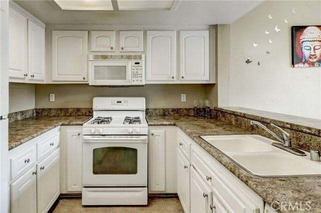 1025 N Tippecanoe Avenue Unit 205 San Bernardino, CA 92410 - MLS #: EV17270896