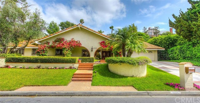 Single Family Home for Sale at 2181 Salt Air St North Tustin, California 92705 United States