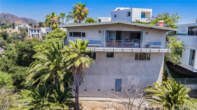 6427 La Punta Dr, Los Angeles, CA 90068 Photo 57