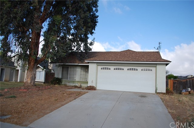 15765 Bluechip Circle, Moreno Valley, CA 92551