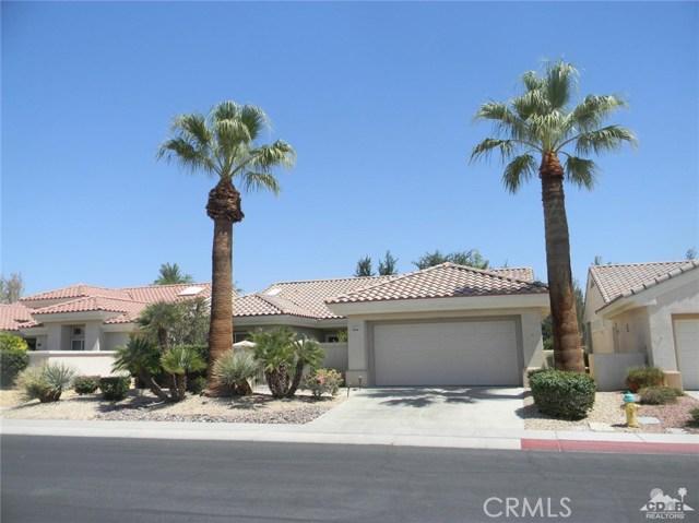 78260 Willowrich Drive, Palm Desert CA: http://media.crmls.org/medias/e28abd70-a229-4e98-b662-37a82f804756.jpg
