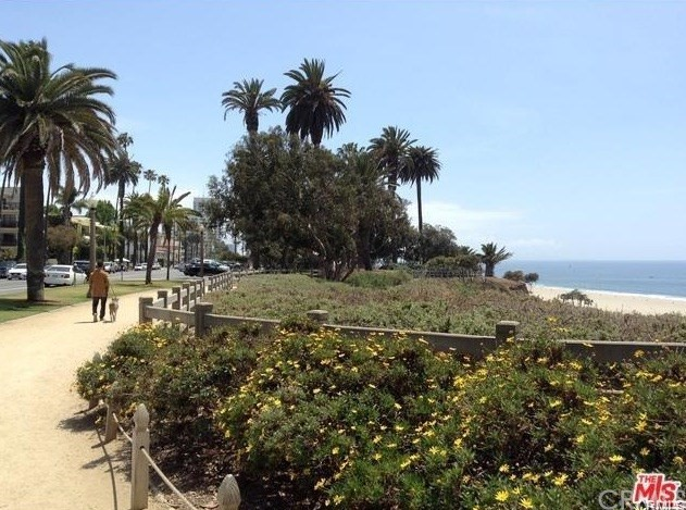 1021 12th St, Santa Monica, CA 90403 Photo 1