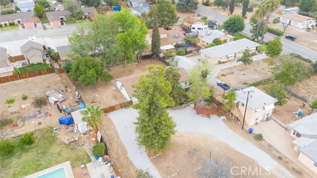 12471 Bryant Street, Yucaipa CA: http://media.crmls.org/medias/e29e746b-62e0-41fa-a841-9c8729279856.jpg