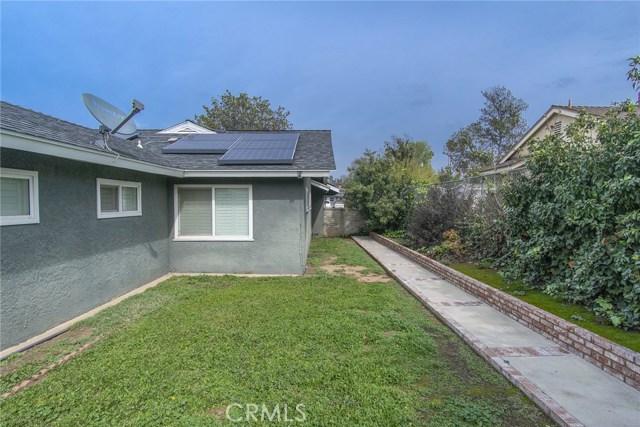 2930 Westridge Road, Riverside CA: http://media.crmls.org/medias/e2a316e3-6985-4651-8a62-1aafd8b5ffa1.jpg
