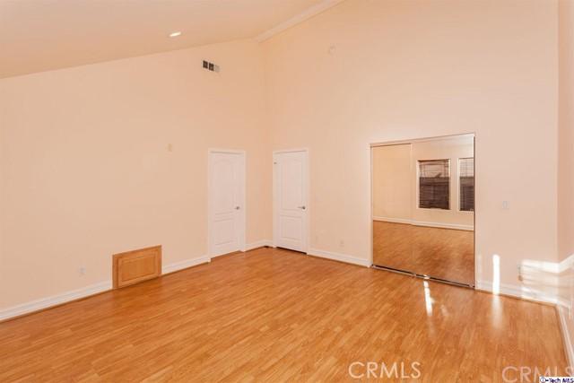 574 E Palm Avenue Unit 102 Burbank, CA 91501 - MLS #: 318000918