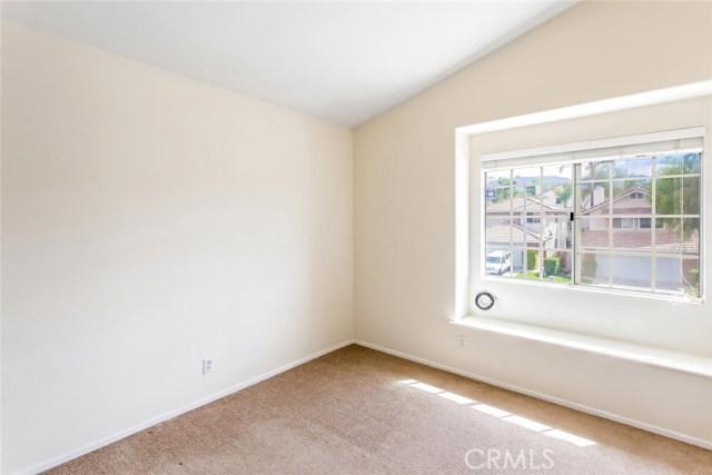 7830 Morningside Lane, Highland CA: http://media.crmls.org/medias/e2addb12-2563-49b1-afd9-a865440c13f6.jpg
