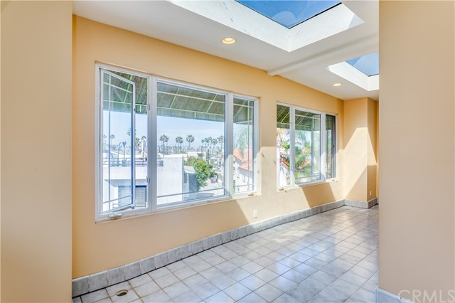 6006 Lido Lane Long Beach, CA 90803 - MLS #: OC18165898