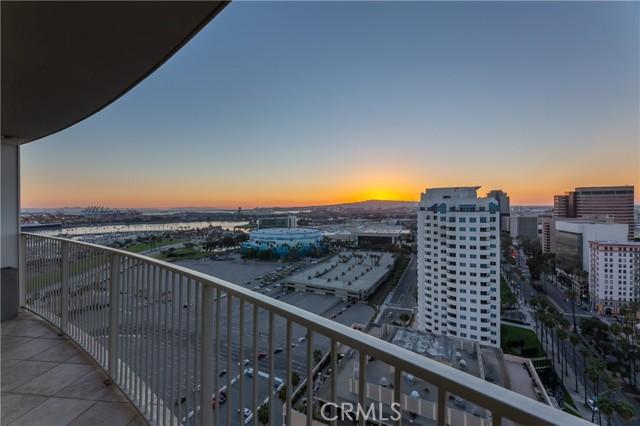 700 E Ocean Boulevard, Long Beach CA: http://media.crmls.org/medias/e2b402f1-341e-4b30-8eff-daedf4ec51b7.jpg