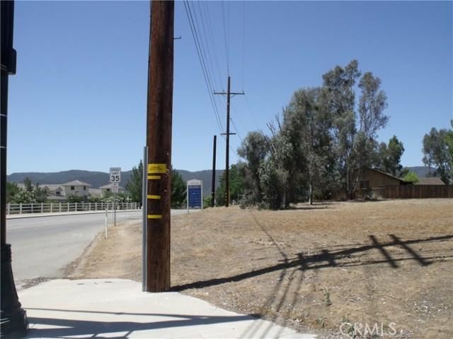 24579 Adams Avenue, Murrieta CA: http://media.crmls.org/medias/e2b4aa55-5948-4728-b3c7-4995ced3a918.jpg