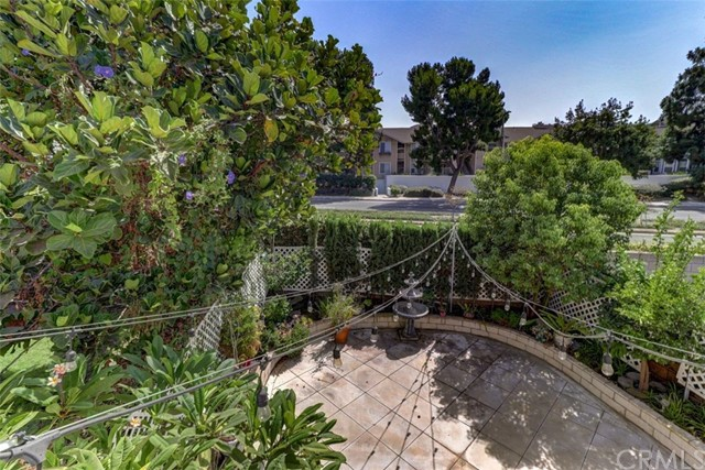 512 E City Ct, Anaheim, CA 92805 Photo 20