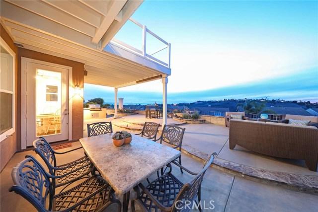2532 Calle Jade, San Clemente CA: http://media.crmls.org/medias/e2caf8a9-690f-43ff-a823-d6e568357ed2.jpg