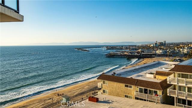 531 Esplanade, Redondo Beach CA: http://media.crmls.org/medias/e2ce2785-eb4a-4286-9e50-3e896a819735.jpg