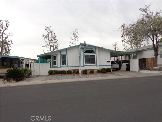 1721 E Colton Avenue, Redlands CA: http://media.crmls.org/medias/e2d01a09-f4f1-461f-a4b6-0697563b3ba2.jpg