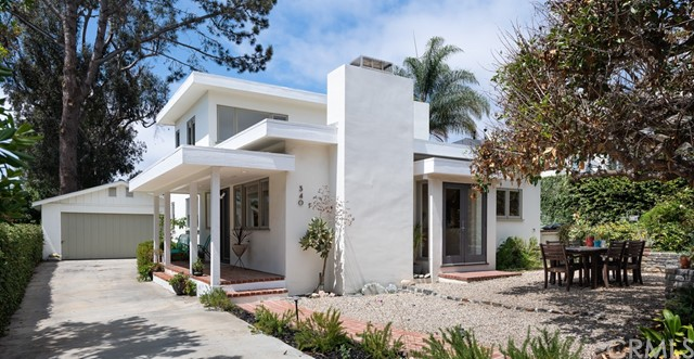 340 Ruby Street, Laguna Beach CA: http://media.crmls.org/medias/e2e8185d-932b-4336-ab53-307631fa2c42.jpg