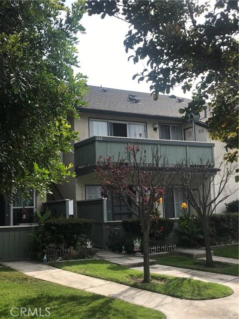 18262 Parkview Lane, Huntington Beach, CA 92648