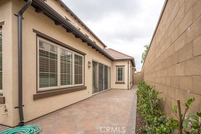 81 Gardenhouse Way, Irvine CA: http://media.crmls.org/medias/e2fd6ff2-1edf-4c64-afa3-e7a3213f9eb6.jpg