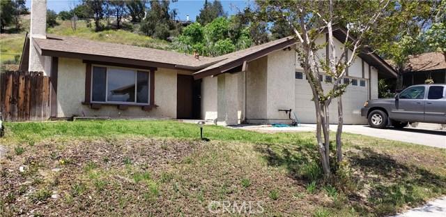 28257 Winterdale Drive, Canyon Country CA: http://media.crmls.org/medias/e3043066-5360-481d-b823-f0494b0b0a16.jpg