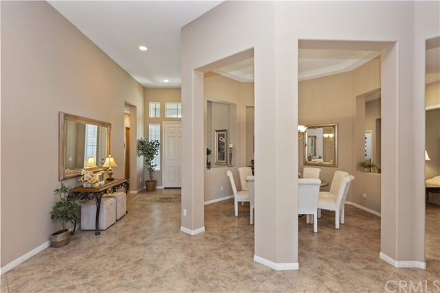 17237 Blue Ridge Court, Riverside CA: http://media.crmls.org/medias/e30554cc-d0e8-40ac-92fd-6582f1fee3c0.jpg