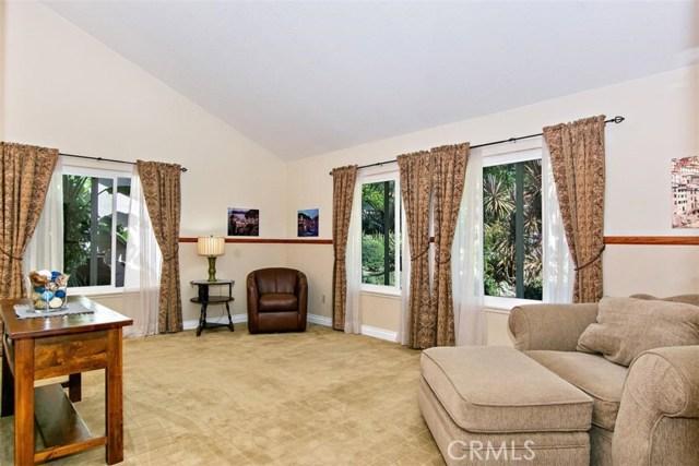 10425 Poplar Street, Rancho Cucamonga CA: http://media.crmls.org/medias/e305e35b-4411-476b-b95e-2480ae8c72e5.jpg