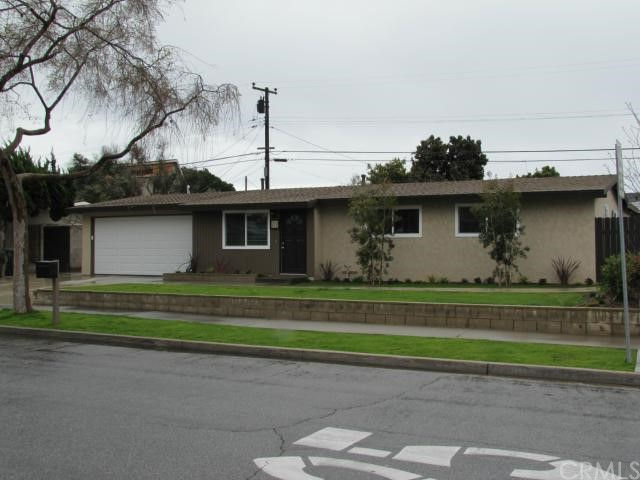 Single Family Home for Rent at 215 Rose St Costa Mesa, California 92627 United States