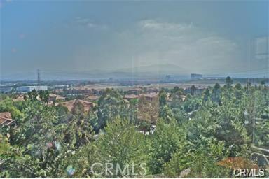 321 Tall Oak, Irvine CA: http://media.crmls.org/medias/e307db56-3a2a-40cb-837a-675187200062.jpg