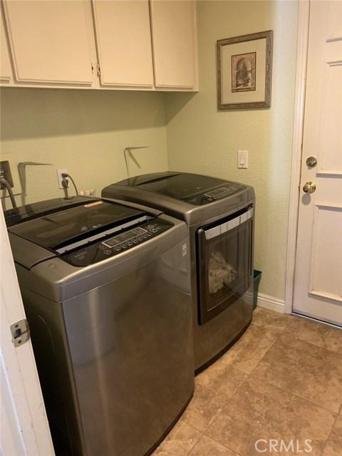 6225 Sunnyhills Place, Rancho Cucamonga CA: http://media.crmls.org/medias/e30bbb72-d935-484a-9bcf-809c1f1df489.jpg