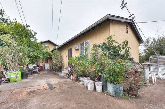 3427 6th Avenue Los Angeles, CA 90018 - MLS #: CV18261890