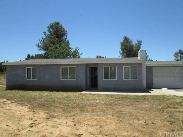 2134 San Diego Avenue Ramona, CA 92065 is listed for sale as MLS Listing CV17115946