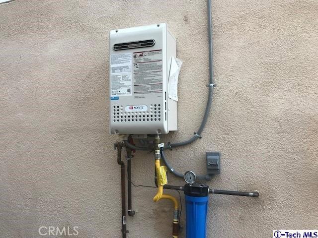 4440 N Stillwell Avenue, El Sereno CA: http://media.crmls.org/medias/e314969a-451c-437e-b5d1-eed417ec4e26.jpg