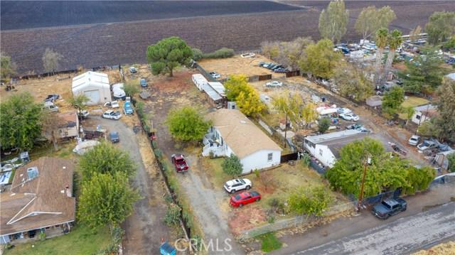 7340 Carmellia Avenue, Dos Palos CA: http://media.crmls.org/medias/e32f496a-d3e2-499c-8dbf-b77e93b47b08.jpg