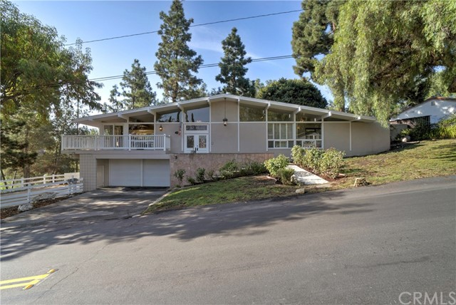 Single Family Home for Sale at 18 Ranchview Road 18 Ranchview Road Rolling Hills Estates, California 90274 United States