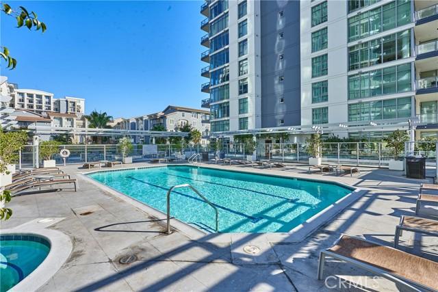 400 W Ocean Boulevard, Long Beach CA: http://media.crmls.org/medias/e33cec1e-3e53-4736-941b-6f5e789e5511.jpg