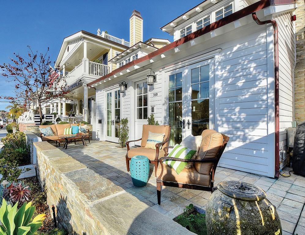 310 Collins Avenue Newport Beach, CA 92662 - MLS #: NP18027548